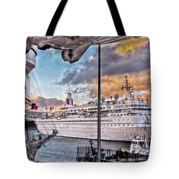 Cruise Port - Light Tote Bag by Hanny Heim