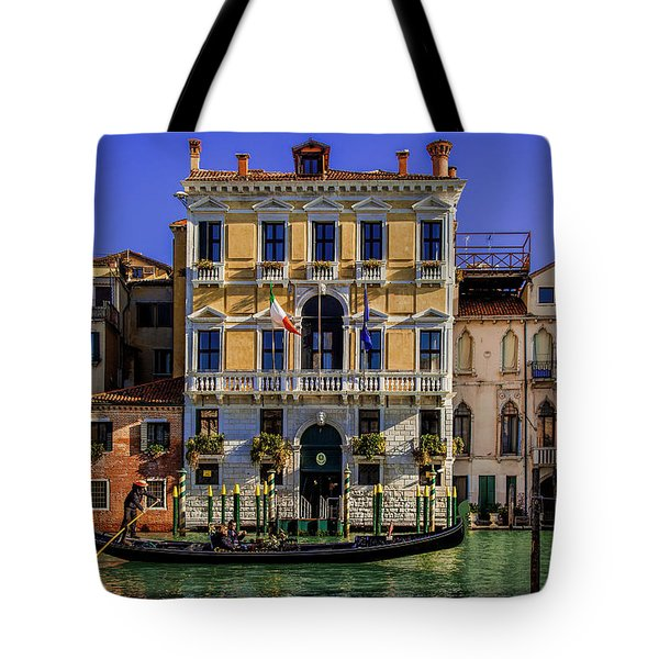 Tote Bag featuring the photograph Cruising Down The Canal by Andrew Soundarajan
