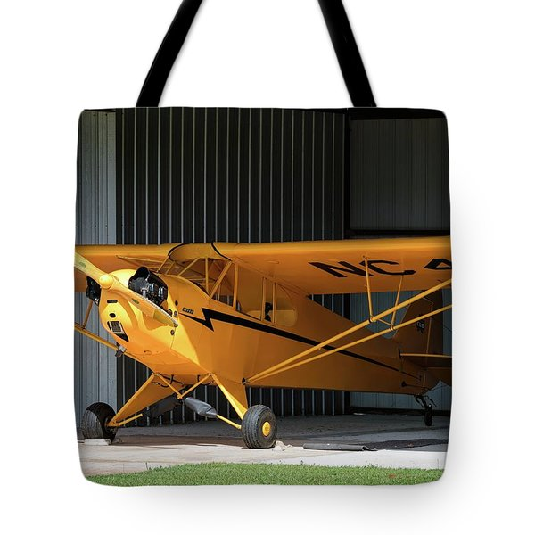 Cub Hangar 0 2017 Christopher Buff, Www.aviationbuff.com Tote Bag