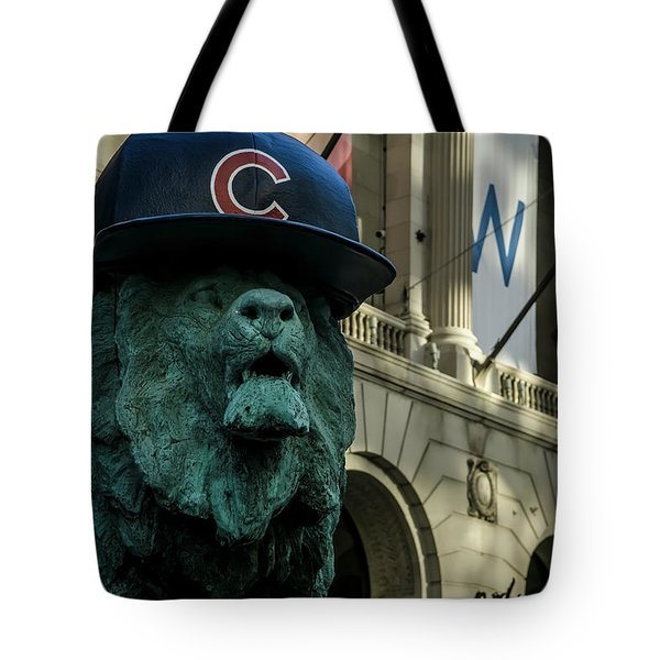 Cub Hat On Art Institute Lion Telephoto Tote Bag