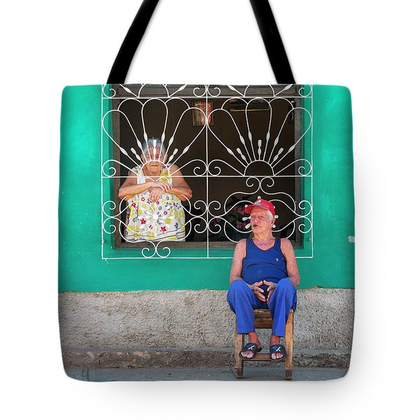 Tote Bag featuring the photograph Cuba Husband And Wife by Craig J Satterlee