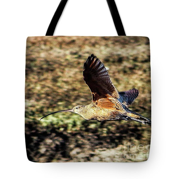 Curlew In Flight Tote Bag
