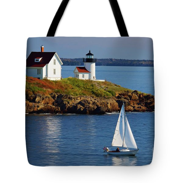 Curtis Island Lighthouse - D002652b Tote Bag