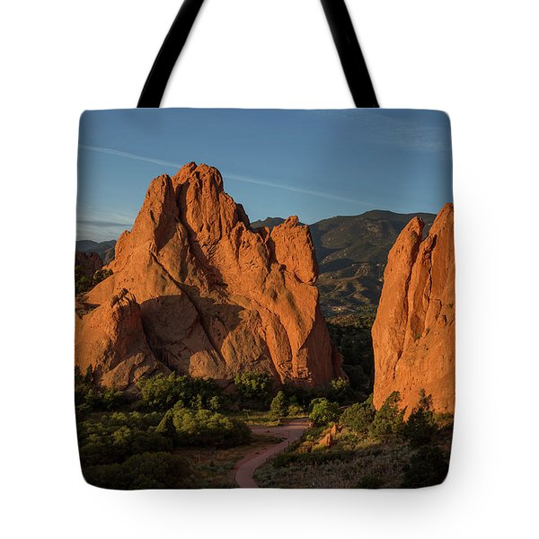 Curved Dirt Path At The Garden Of The Gods In The Morning Tote Bag