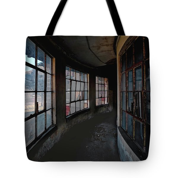 Tote Bag featuring the photograph Curved Hallway by Tom Singleton