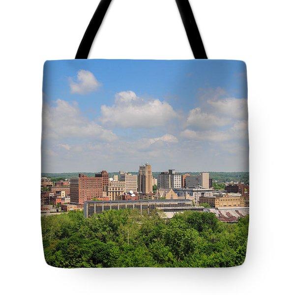 D39u118 Youngstown, Ohio Skyline Photo Tote Bag