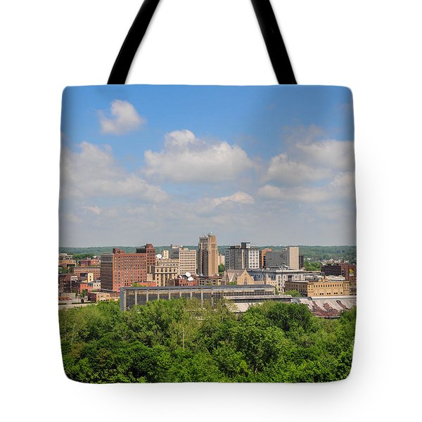 D39u118 Youngstown, Ohio Skyline Photo Tote Bag