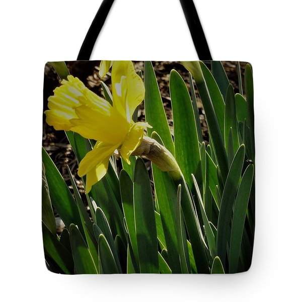 Daffodil Crown Tote Bag