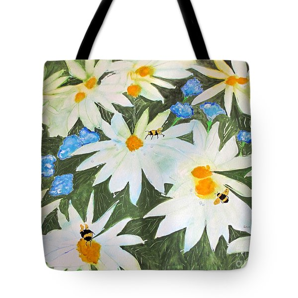 Daisies And Bumblebees Tote Bag