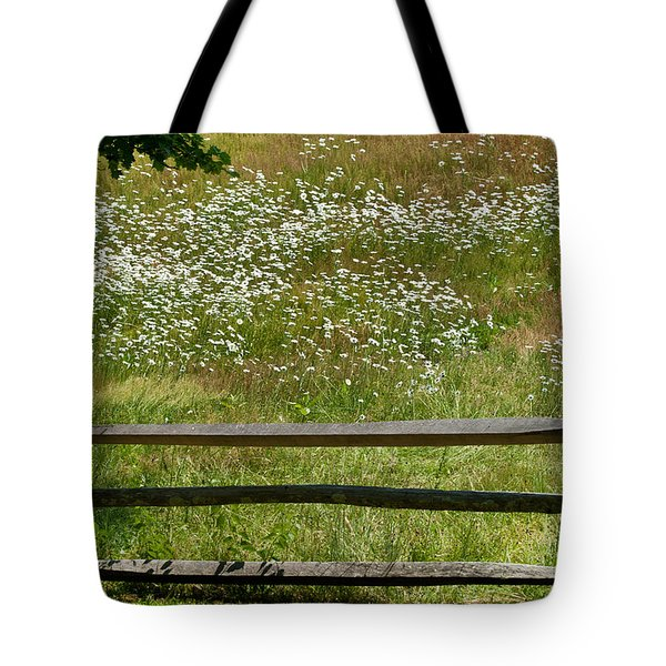 Daisies On The Vineyard Tote Bag