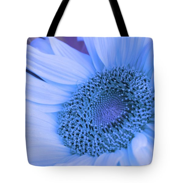 Daisy Blue Tote Bag