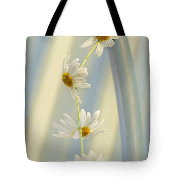Tote Bag featuring the photograph Daisy Chain by Elaine Teague