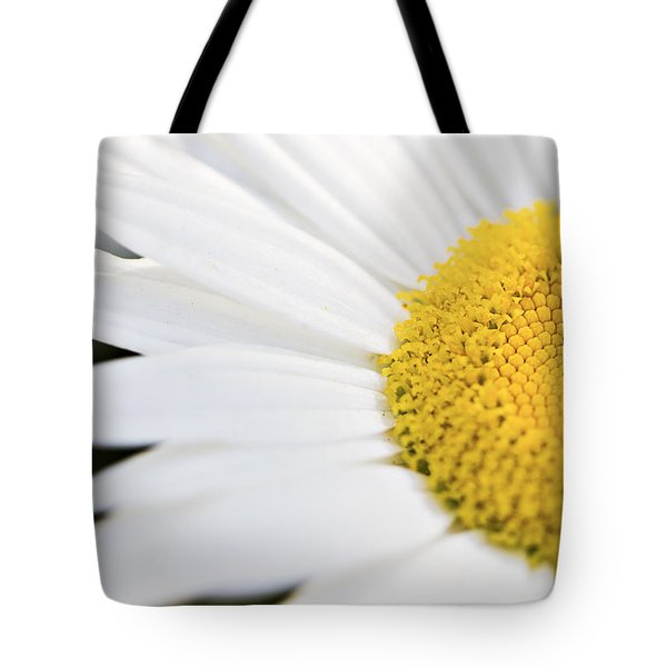 Daisy Tote Bag by Marlo Horne