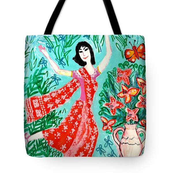 Dancer In Red Sari Tote Bag by Sushila Burgess