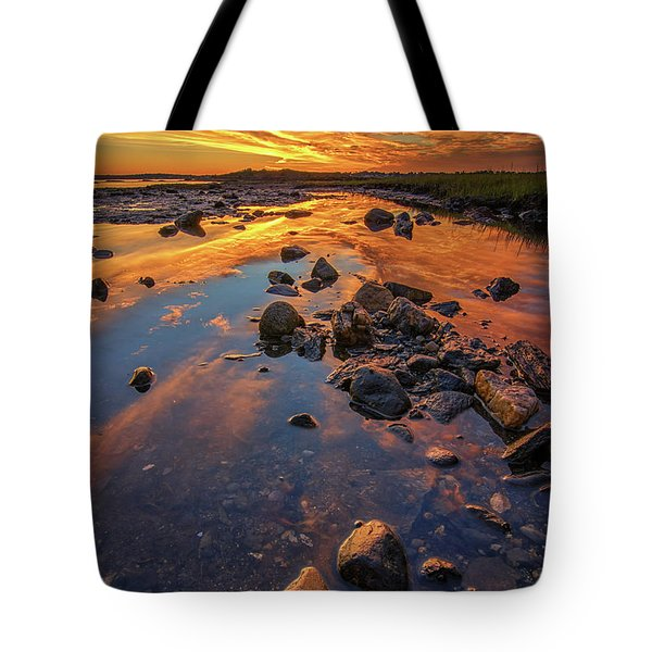 Dawn At Pott's Point Tote Bag