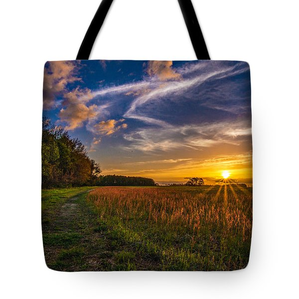 Dawn In The Lower 40 Tote Bag