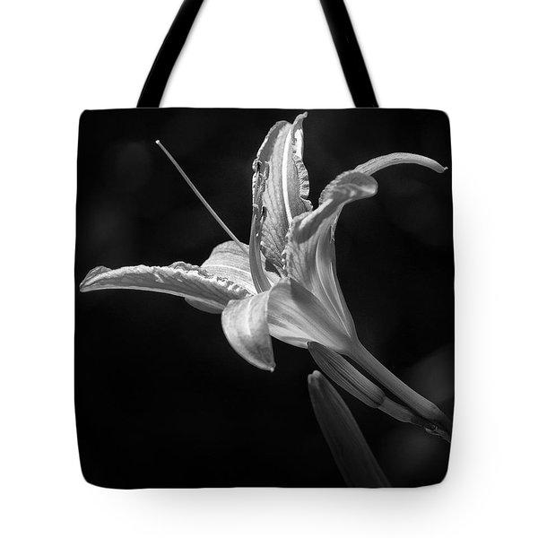 Day Lily Profile Tote Bag