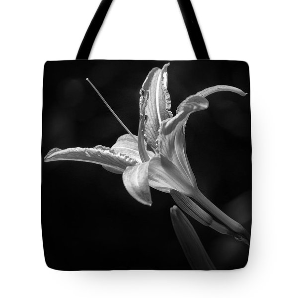 Day Lily Profile Tote Bag
