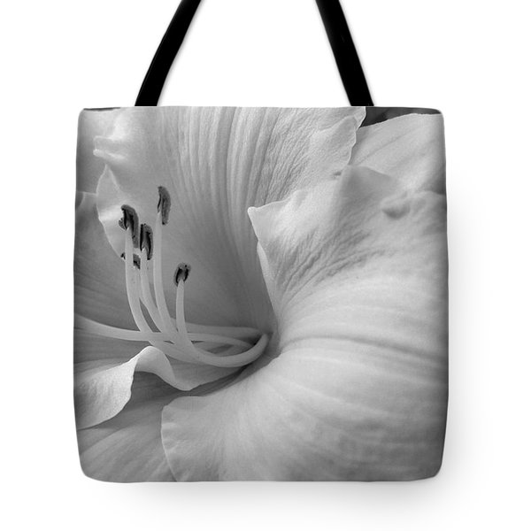 Daylily Delight In Black And White Tote Bag