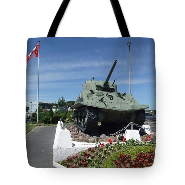 Dd Tank Tote Bag
