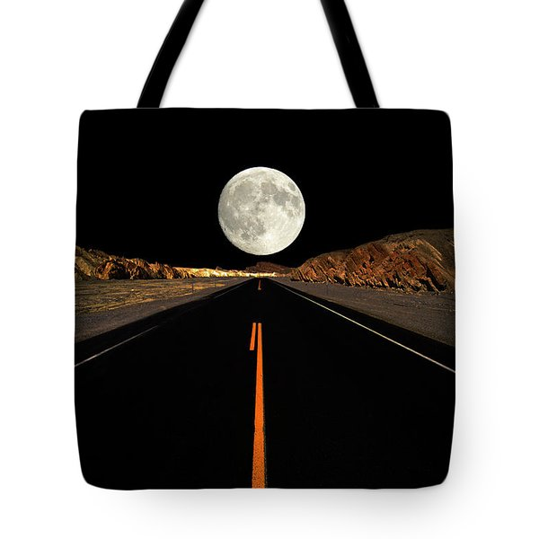 Death Valley Moon Rise Tote Bag