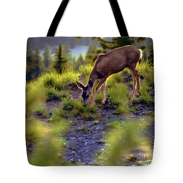 Tote Bag featuring the photograph Deer At Crater Lake, Oregon by John A Rodriguez