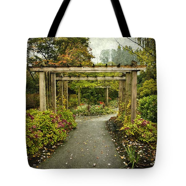 Fall In The Garden At Deer Lake Tote Bag by Maria Janicki