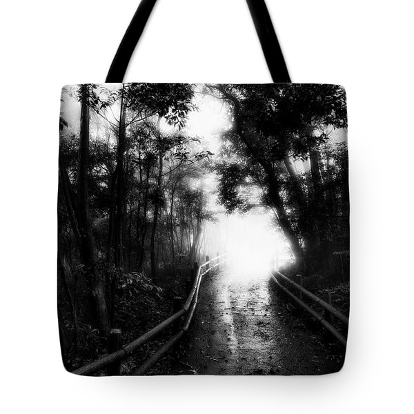 Tote Bag featuring the photograph Dejavu by Hayato Matsumoto