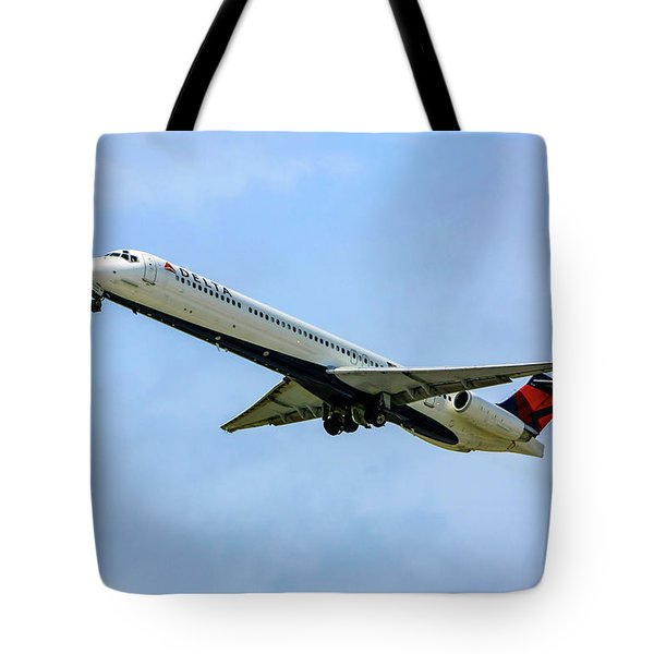 Delta Md88 Tote Bag