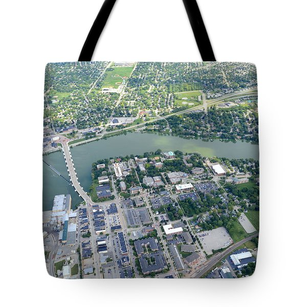 Tote Bag featuring the photograph Depere by Bill Lang