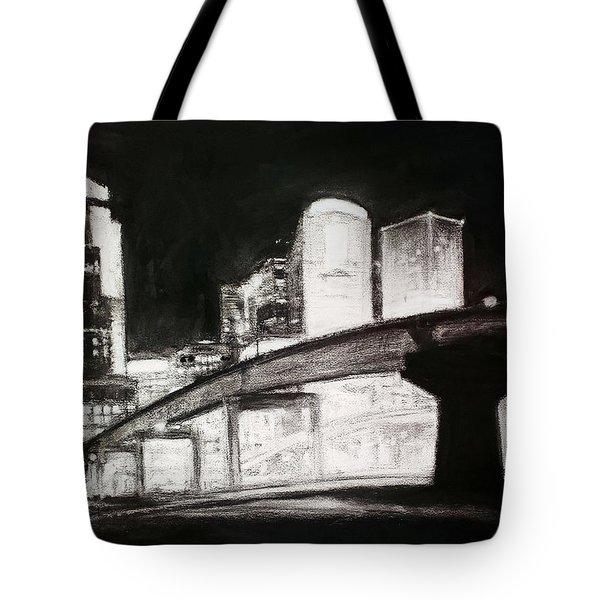 Des Moines Skyline #10 Tote Bag