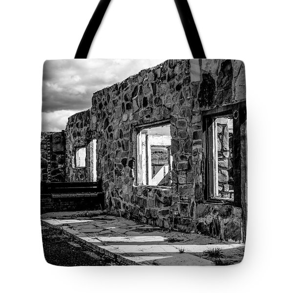 Desert Lodge Bw Tote Bag