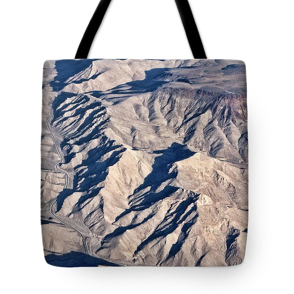 Tote Bag featuring the photograph Desert Mountain Road by Linda Phelps