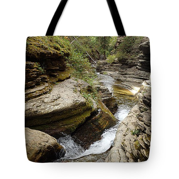 Tote Bag featuring the photograph Devil's Bathtub Sd by James Peterson