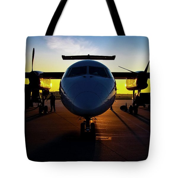 Dhc-8-300 Refueling Tote Bag
