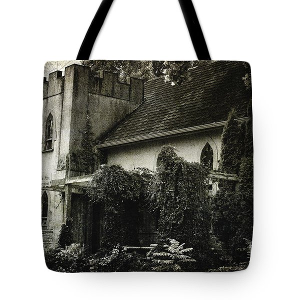 Tote Bag featuring the photograph Distressed by Judy Wolinsky