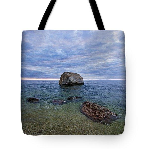 Diving Rock Tote Bag