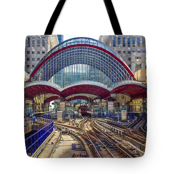 Dlr Canary Wharf And Approaching Train Tote Bag