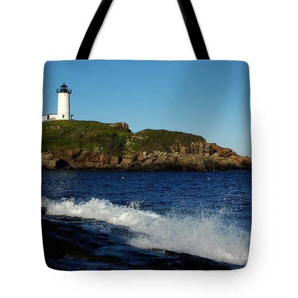 Dnre0608 Tote Bag by Henry Butz