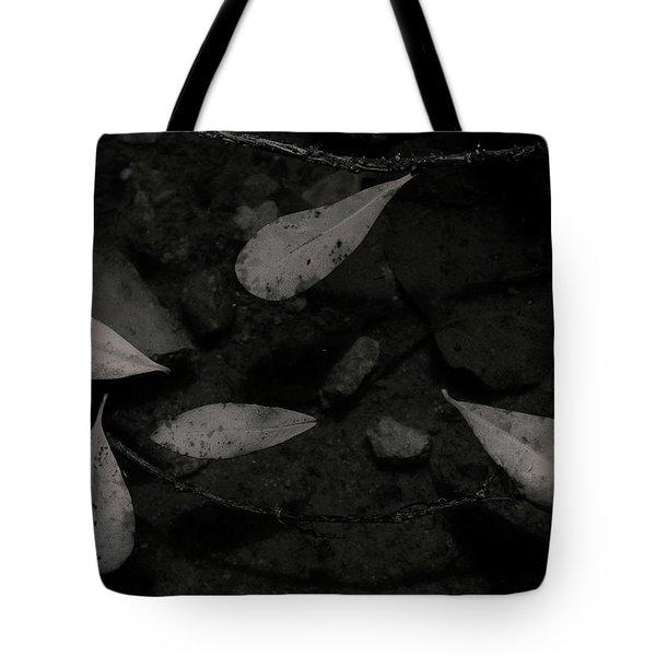 Foglie Morte Tote Bag