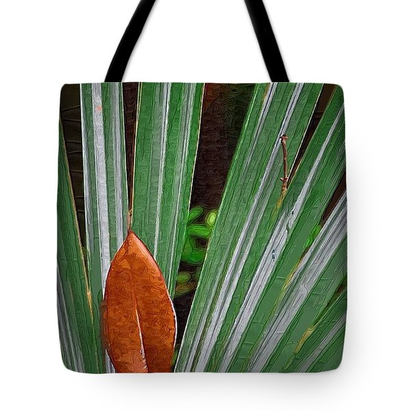 Tote Bag featuring the photograph Don't Leaf by Donna Bentley
