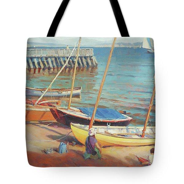 Dory Beach Tote Bag