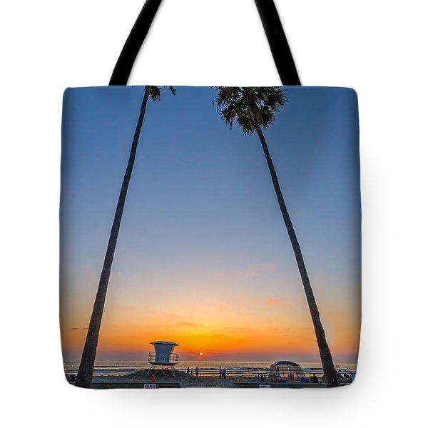 Dos Palms Tote Bag