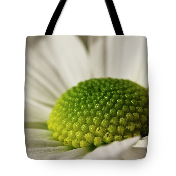 Dramatic Daisy Tote Bag