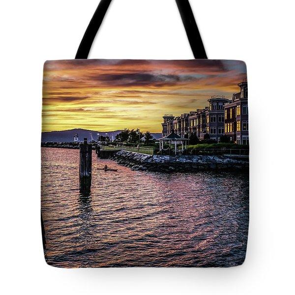 Dramatic Hudson River Sunset Tote Bag