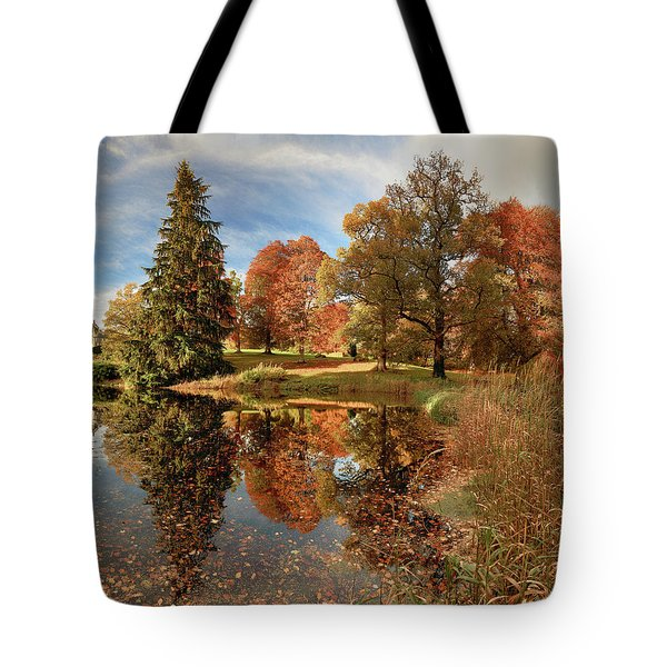 Drummond Castle Garden Tote Bag