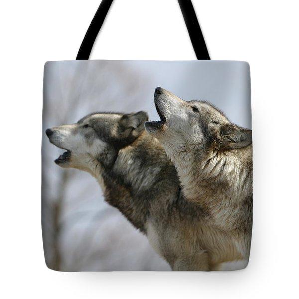 Duet Howl Tote Bag