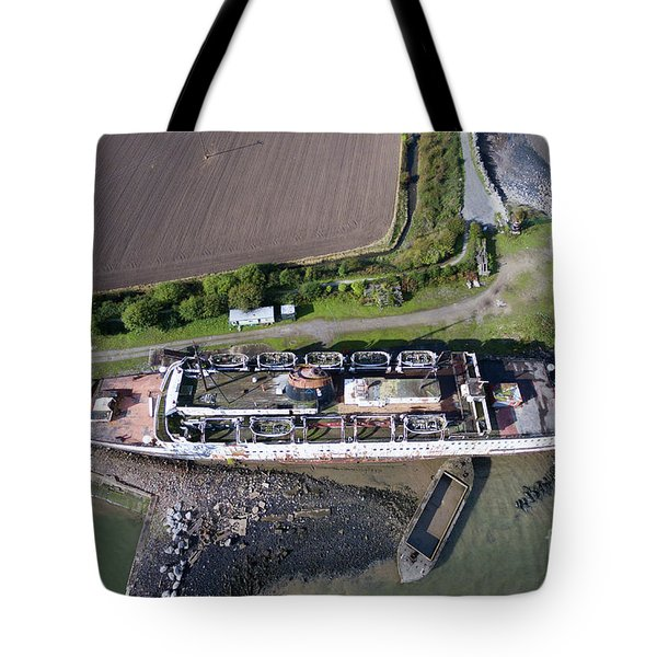 Duke Of Lancaster 2 Tote Bag by Azimuth Images