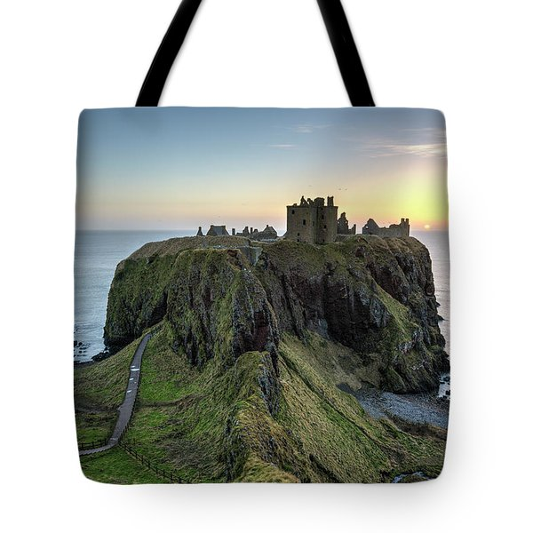 Dunnottar Castle At Sunrise Tote Bag