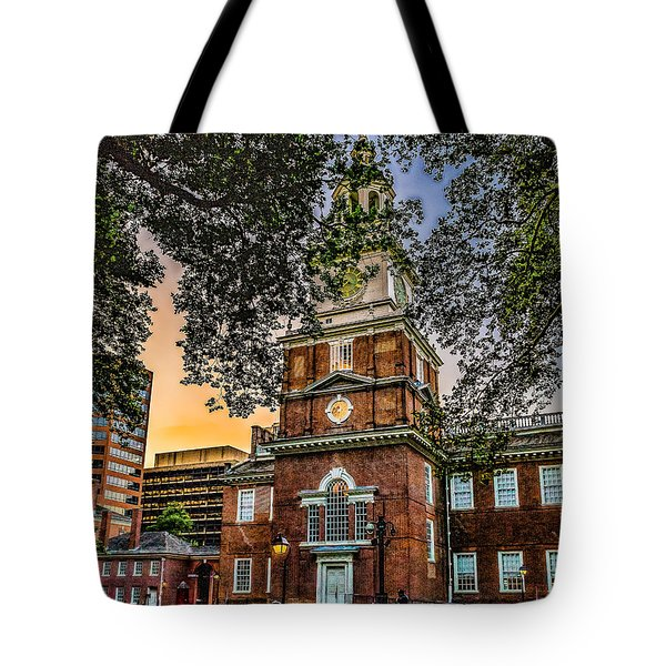 Dusk At Independence Hall Tote Bag